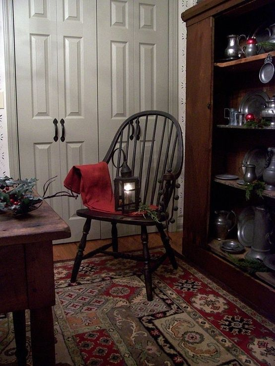 This post about elegant colonial interiors was like a trip down memory lane. In my early 20's I was in love with primitive colonial decor. ...