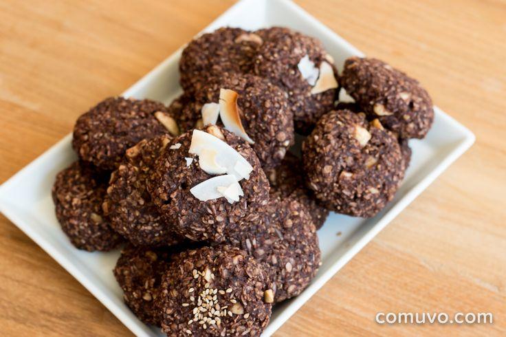 Vegane Kekse ohne Zucker – Das funktioniert? Wir sagen Ja und sogar richtig lecker! Mit nur wenigen Zutaten und in 15 Minuten Backzeit zum perfekten Snack!