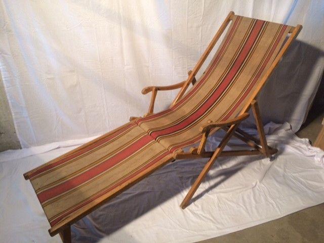 Strandstoel Met Voetensteun.983 Oude Retro Inklapbare Strandstoel Met Streepdesign Met