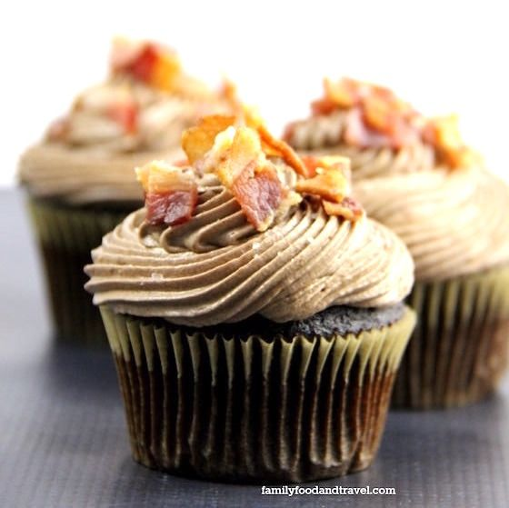 Chocolate-Covered-Bacon-Cupcakes