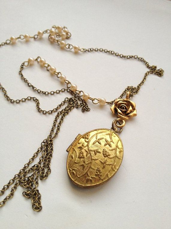 awesome necklace