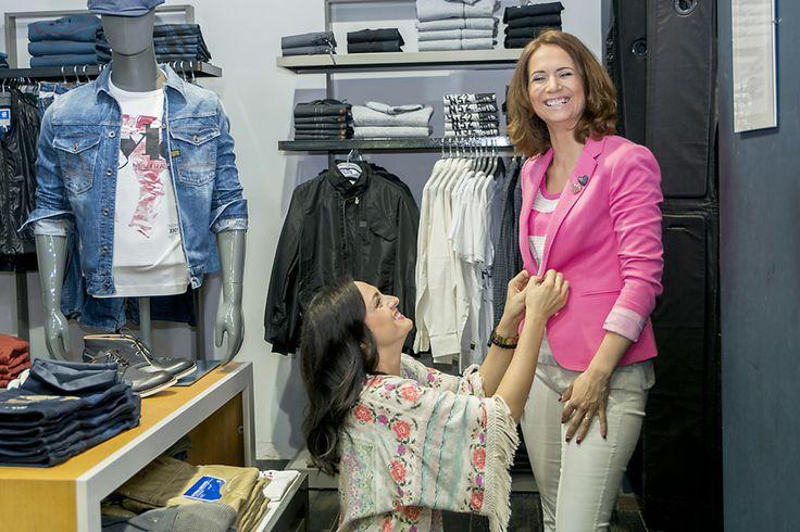1.Ako prvé sme našli pohodlné a vkusné oblečenie v predajni americkej značky HILFIGER DENIM v Polus City Center.