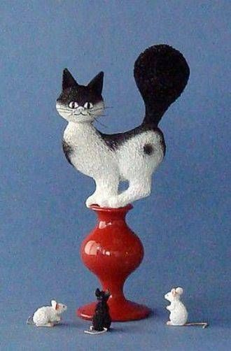"ALBERT DUBOUT ""ESCAPE PLAN"" CAT ON STOOL AFRAID OF MICE STATUE SCULPTURE FRANCE"