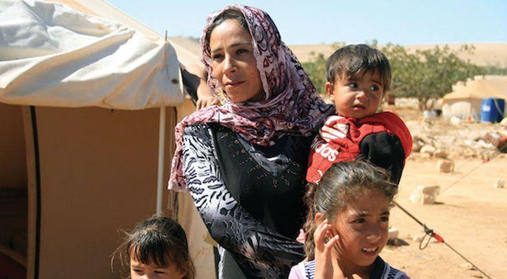 Un couple de musulmans convertis de l'islam au christianisme réfugié au Liban après avoir été contraint de fuir Alep, partage comment sa foi demeure inébranlable malgré la persécution continue.      Au cours d'un voyage au Liban, des