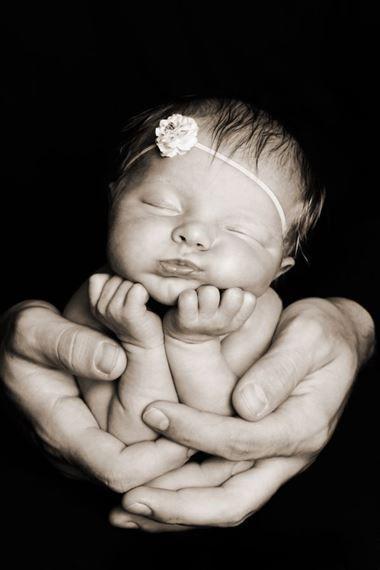18 Kreative Neugeborenen Fotografie Ideen