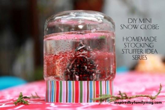 mini snow globe -baby food jar + baby oil + corn syrup