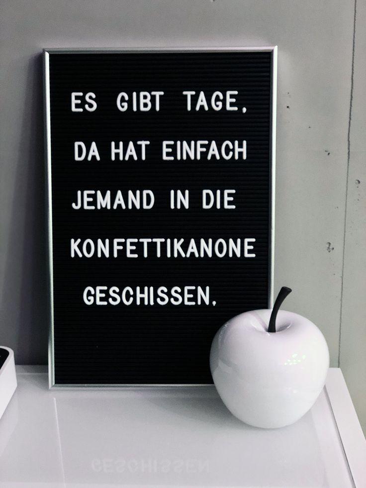 Buchstabentafel mit lustigem Spruch – Es gibt Tage…