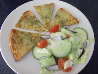 Slimming World Recipes: SYN FREE CHEESY GARLIC BREAD ♥