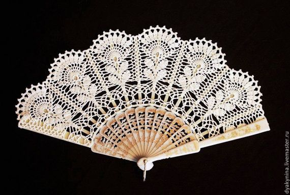 Accesorio romántico para la boda, sesiones de la foto.  Es artesanal y único accesorio, hecho con 100% algodón fino. Cordón del ganchillo se estira