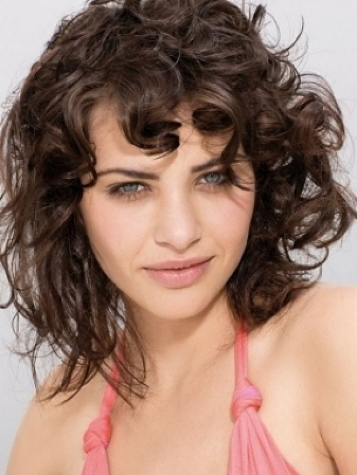 The 25+ best Fine curly hair ideas on Pinterest | Short hair with ...