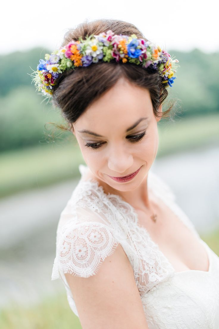 Die besten 25 Blumenkranz haare Ideen auf Pinterest