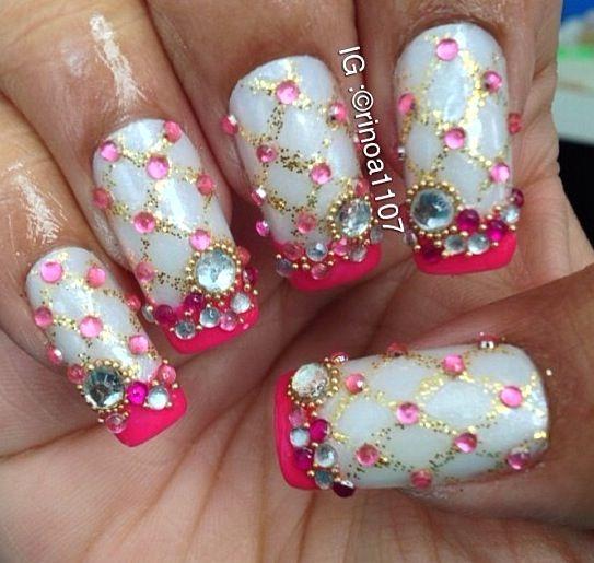 Nail art design bling