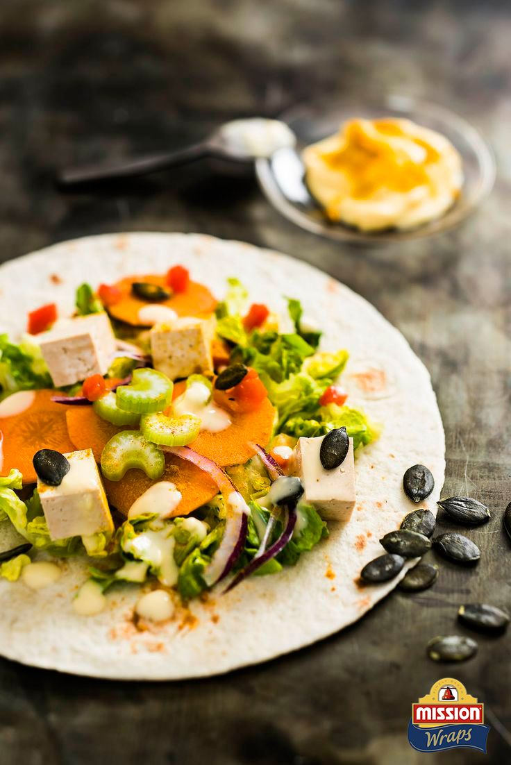 #missionwraps #wraps #food #inspiration #meal #herbs #carrot #colors #salad www.missionwraps.fr