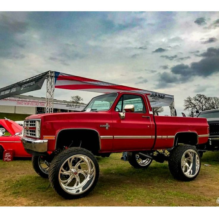 """1,101 Likes, 5 Comments - Ken M. ///Relaxed (TX Chapter) (@n2trux) on Instagram: """"I love this lifted #squarebody up on #billets Owner Tag please Pic @_ac_photography_ #lst…"""""""