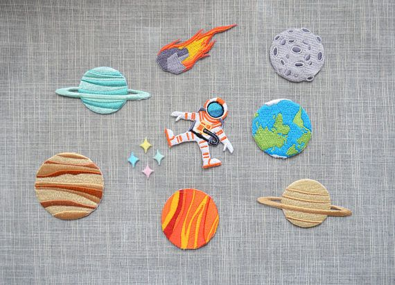 Lovely planet iron-on patch cartoon planet earth Embroidered