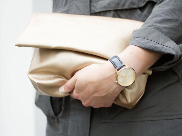 DIY-Anleitung: Goldene Clutch aus Kunstleder nähen via DaWanda.com