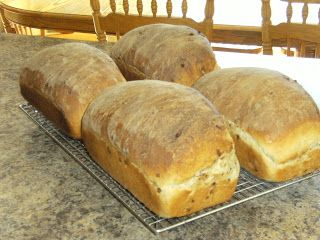 Fanatic Friday Favorite: Cinnamon Burst Bread (like Great Harvest's): Whole Wheat Food Storage Recipes