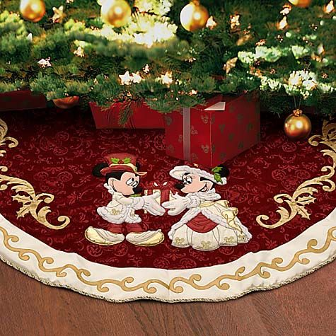 Best 25 disney christmas decorations ideas on pinterest for Decoration noel mickey