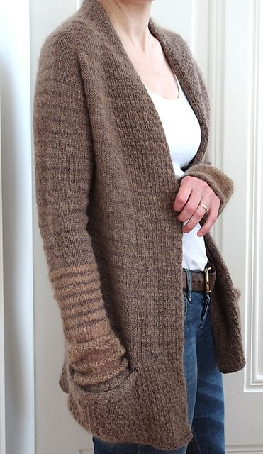 BeauB Cardigan by La Maison Rililie: FO by Iscula on ravelry. #knitting #pattern #knitindie