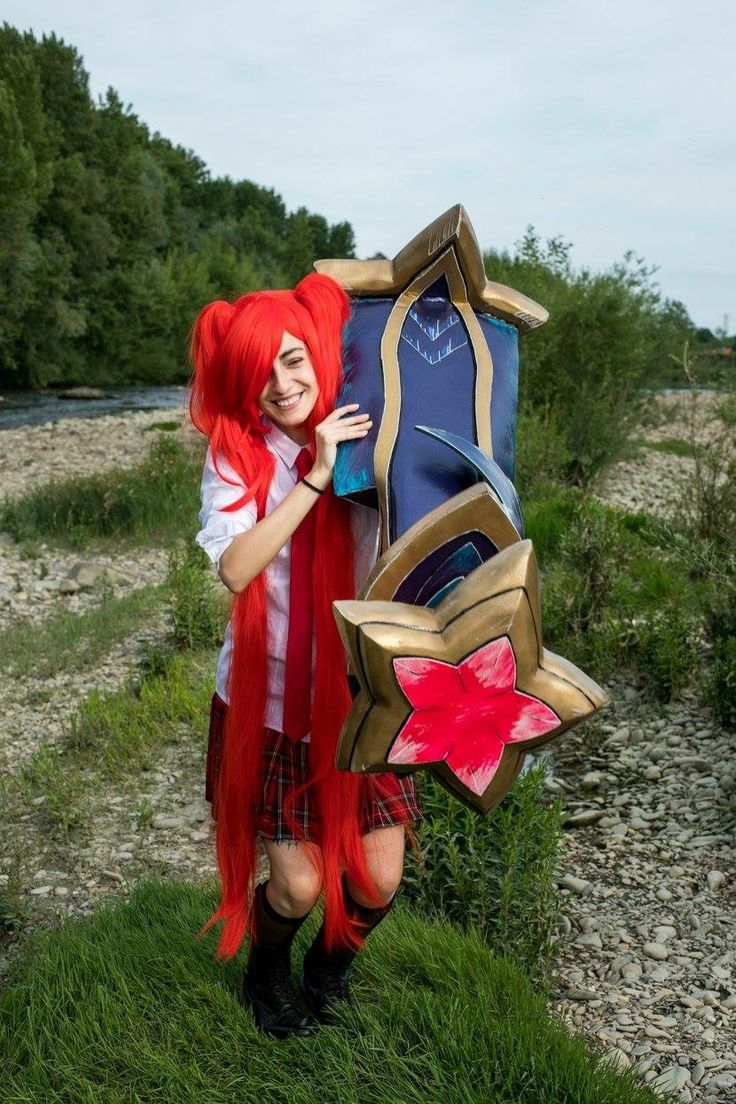 Character: school star guardian Jinx Game: League Of Legends Cosplayer: Neko Cupcake Cosplay PH: Marco Mugnai Photographer