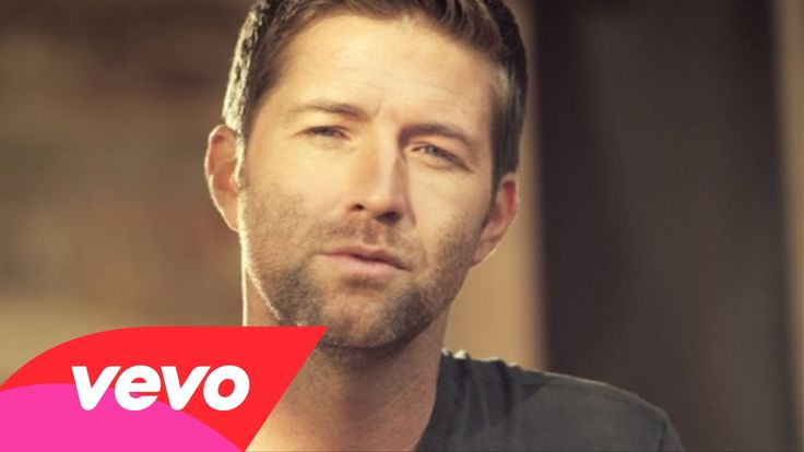 Music video by Josh Turner performing Lay Low. (C) 2014 MCA Nashville, a Division of UMG Recordings, Inc.