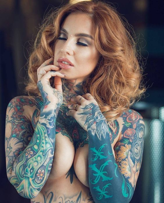 17 best images about inked ladies on pinterest models for Little linda tattoo