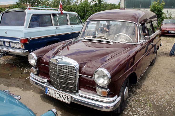Alle Größen | Mercedes 200 Universal W110 1966-67 -2- | Flickr - Fotosharing!