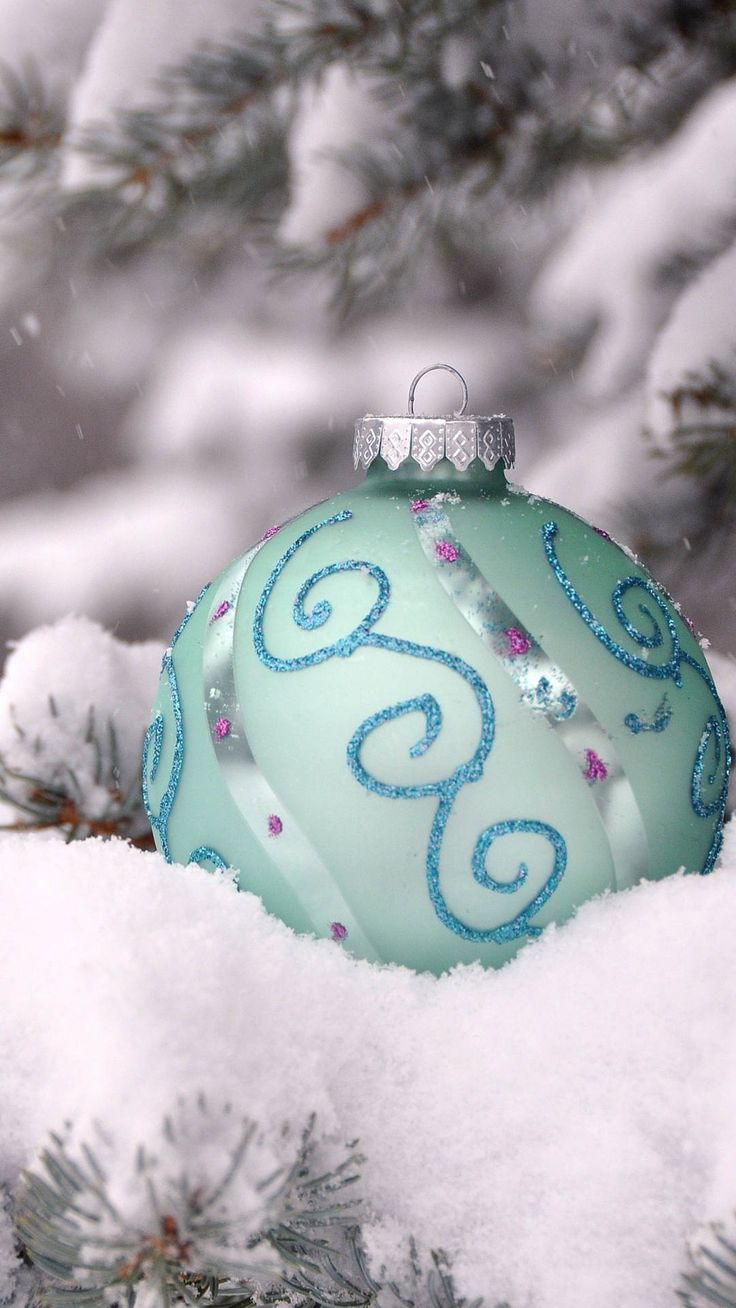 Frozen themed Christmas tree floating ornament iPhone 6 ... Christmas Ornaments Iphone Wallpaper
