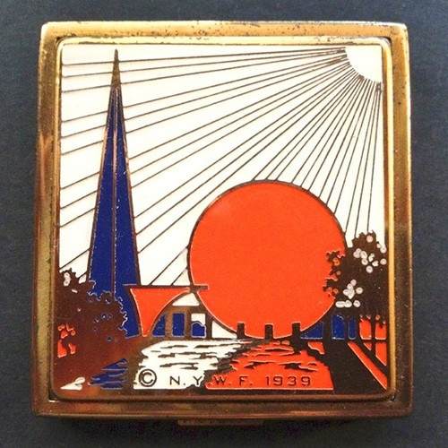 1939 New York World's Fair Enameled Ladies Compact 1