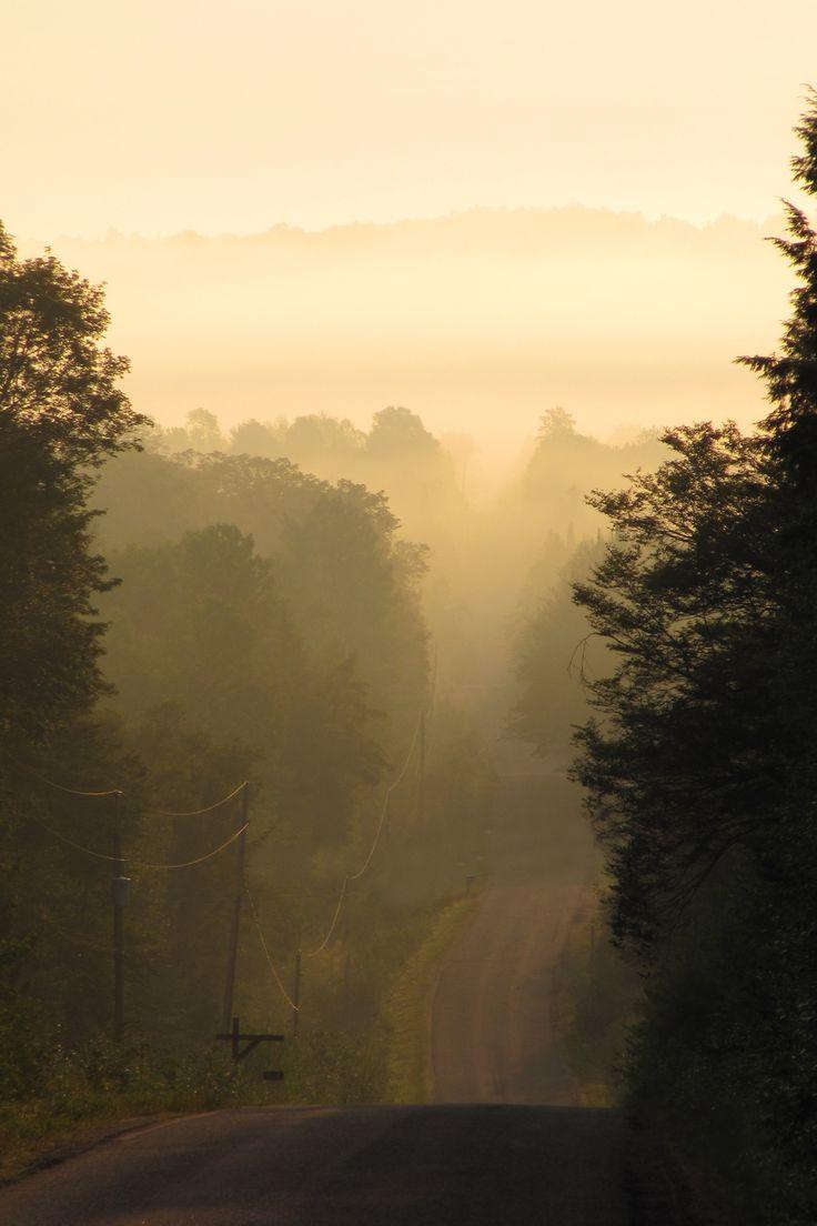 Sunrise on Graphite Road.  Bancroft area. Photo: L. Thomson