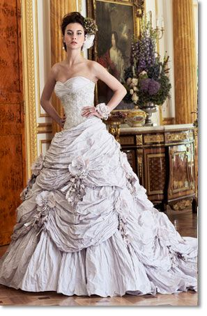 This makes me want a ballgown for my wedding...almost.