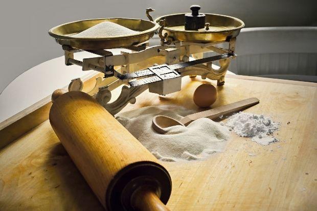 A fogyókúra alatt sem kell lemondanod a nokedliről, palacsintáról vagy a kenyérről! Süssél-főzzél a csodaliszttel, nemcsak túlsúlyodtól ...