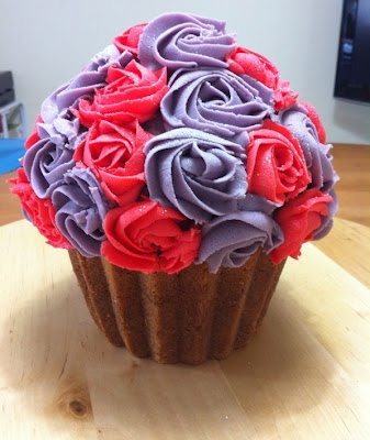 Pretty Cupcake | mel | Pinterest | Pretty Cupcakes and Cupcake