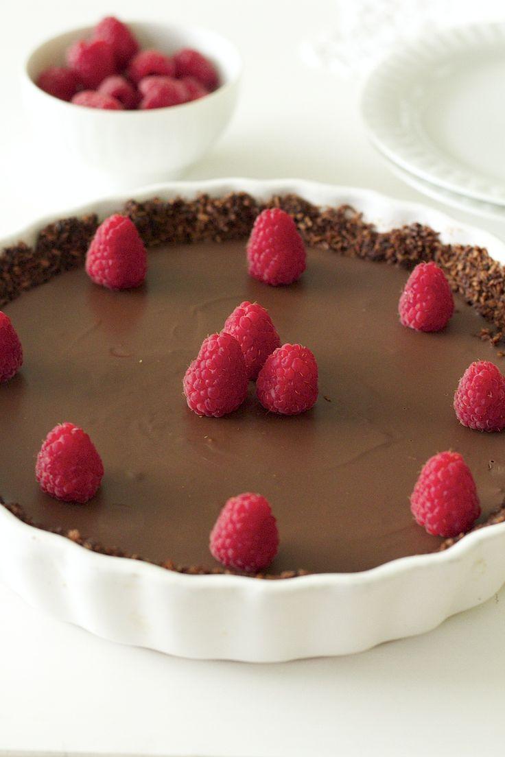 bezglutenowa tarta czekoladowa bez cukru (wegańska)