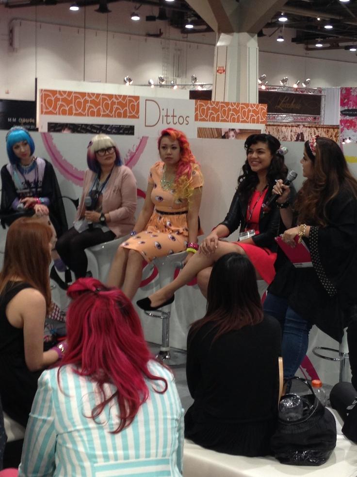 Fashion bloggers!! At the magic trade show
