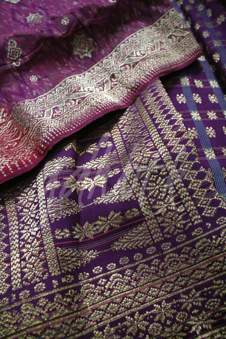 Palembangnese songket are made on the narrow backstrap loom, give the result of narrow sized fabric that used as sarong. Palembangnese songket usually woven with metallic thread on plain, ikated or striped weaving base.