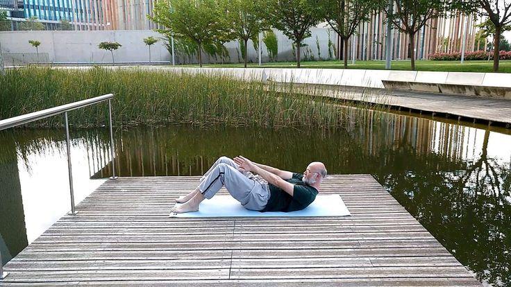 Shunya - expulsión a fondo http://almayogavida.com/shunya-expulsion-a-fondo/  Shunya - efectos de la práctica  Tranquilización general a nivel del cuerpo, la mente y los sentimientos (emociones).  Establecimiento consciente en el aquí y ahora, en el cuerpo, allí donde el cuerpo se encuentra en el momento de práctica.  Gracias a eso un mayor centramiento, mayor consciencia y la capacidad de maniobra mental y psíquica.  Mejora la capacidad respiratoria, optimiza el gesto respiratorio en…