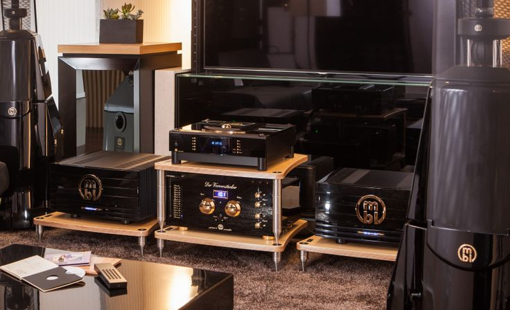 BASSOCONTINUO Reference Line model ACCORDEON XL4 with MBL: Luxury Lifestyle in Seoul - Casa del Sonido #bassocontinuo #racks #hifi #highend #luxury #lifestyle #mbl #seoul #casadelsonido #southkorea #moneual #showroom #design