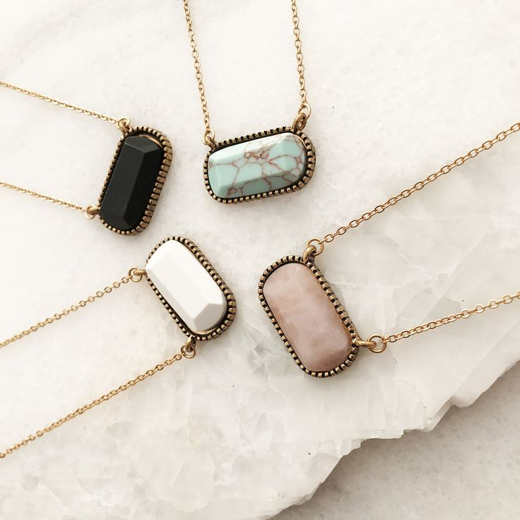 Stone Neckline Necklace | Jane
