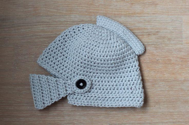 Mrs. Cuddles: Knight's helmet
