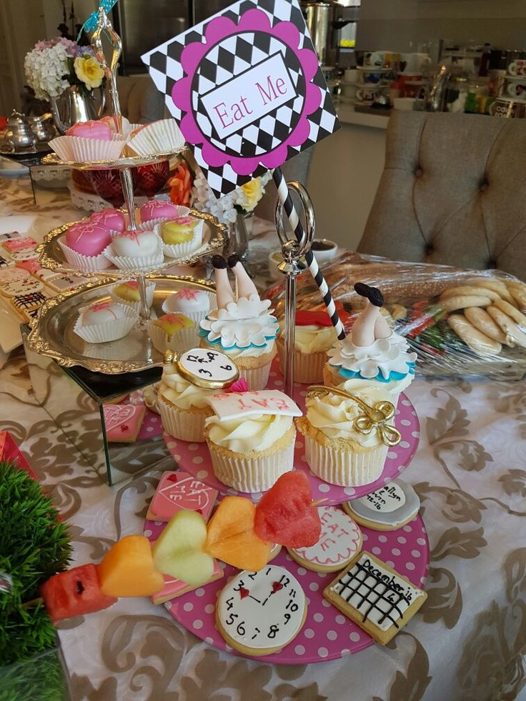 Mad Hatters Cup Cakes and cookies