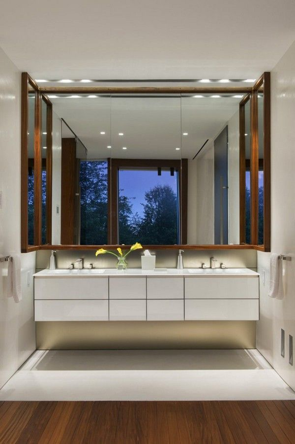 Elegant Bathroom from Luxury Ocean House with Amazing Garden and Swimming Pool Ideas 600x901 Luxury Ocean House with Amazing Garden and Swimming Pool Ideas