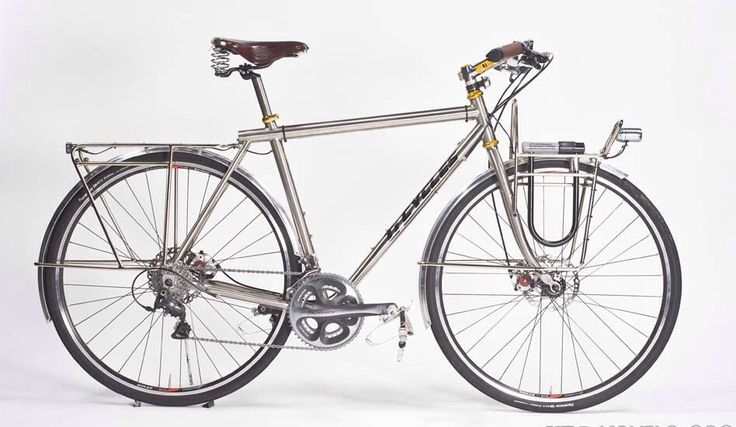 A complete list of the best custom touring bicyclesframebuilders in North America. Some of the most beautiful bikes in the world. The term custom-bicycle indicates a bike handmade on order by a professional framebuilder, which perfectly fits your physical feature, being tailored according to your body measures.    #bicycle #bicycles #touringbikes #custombikes #customebicycles #handmade #cycletouring