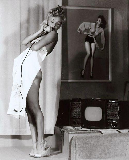 Marilyn Monroe, 1940s.