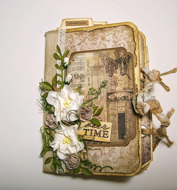 Eclectic Paperie: Wallflower Paper Stash Mini Album