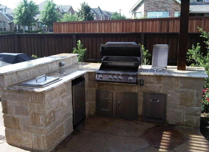 Outdoor kitchen ideas on a budget custom outdoor for Outdoor kitchens on a budget