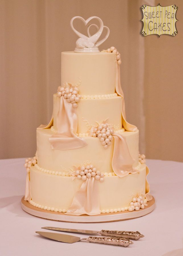 Four Tier Ercream Cake With Fondant G And D Airbrushed In Pearl My Bride Brought