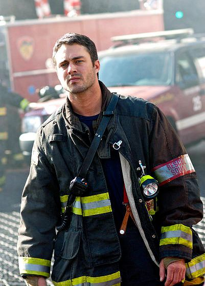 Taylor Kinney... new show Chicago Fire... yep... I'll be watching!!!!