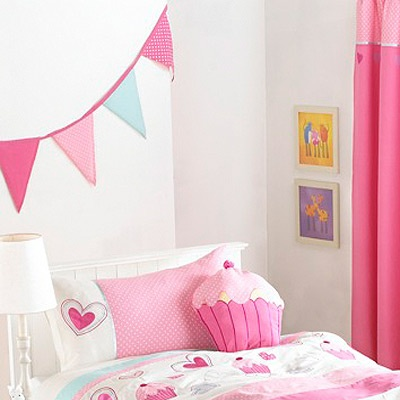 Cupcake Room Ideas : 25+ best ideas about Cupcake Bedroom on Pinterest Yankee ...