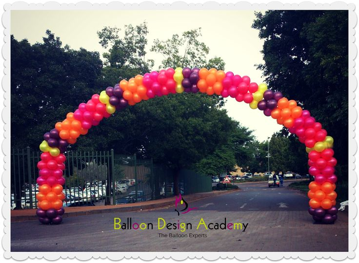 17 best images about balloon arches on pinterest balloon for How to make a rainbow arch